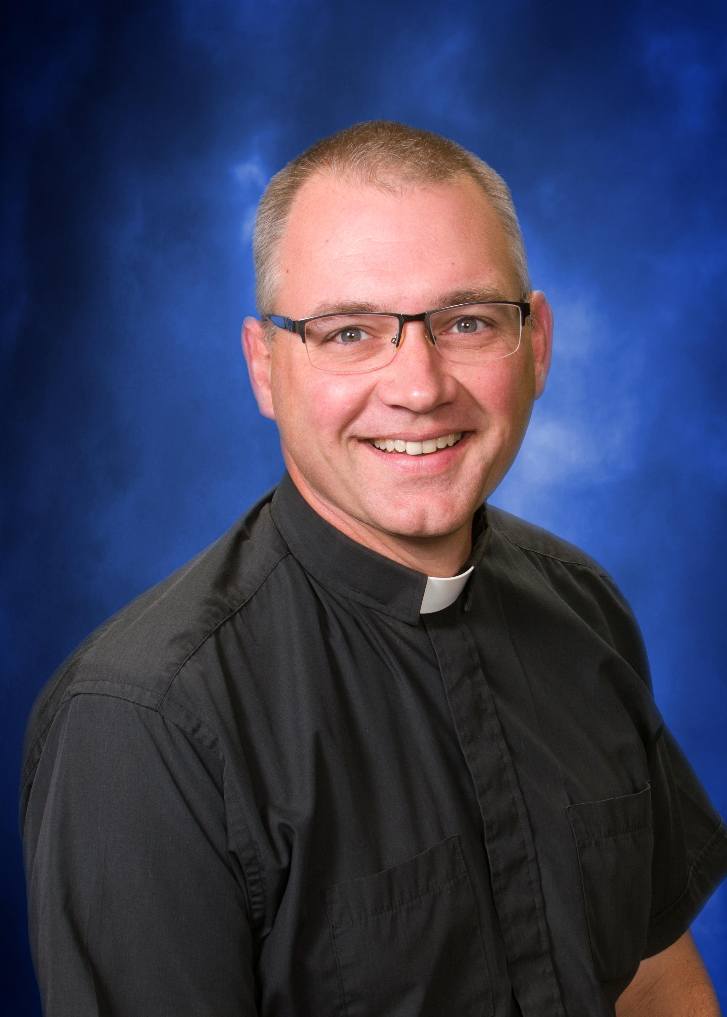 Pastor Duane Bamsch